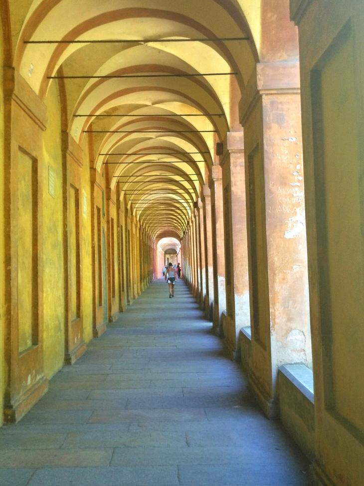 La bellezza del camminare, Bologna